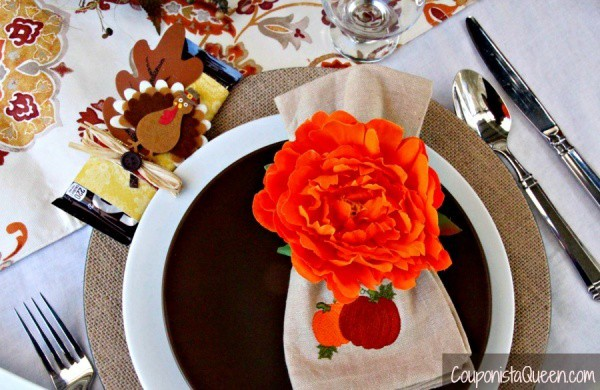 thanksgiving_fall_tablescape_couponistaqueen-com_plate